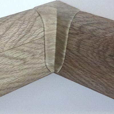Set 4 buc. piese Lineco imbinare colt interior culoare stejar Mocha pentru plinta parchet PBC605 - PBY605. 154-S4